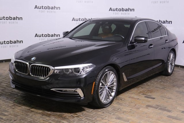 Pre-Owned 2017 BMW 5 Series 530i