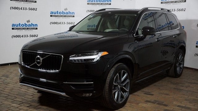 Pre-Owned 2019 Volvo XC90 T5 Momentum