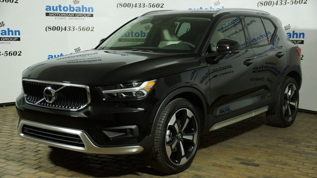 Pre-Owned 2019 Volvo XC40 Momentum 4D Sport Utility in Fort