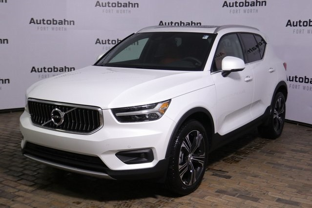 Pre-Owned 2020 Volvo XC40 T5 Inscription