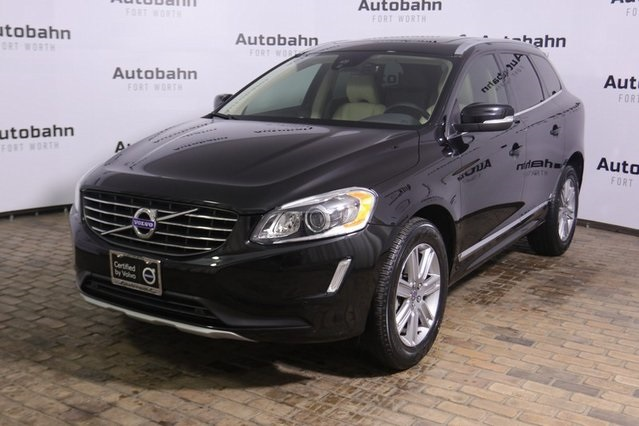 Certified Pre-Owned 2017 Volvo XC60 T5 Inscription