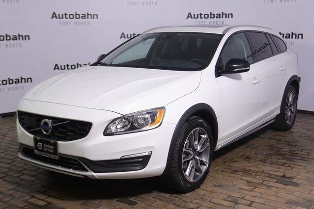 Certified Pre-Owned 2017 Volvo V60 Cross Country T5