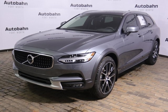 New 2020 Volvo V90 Cross Country T6 AWD