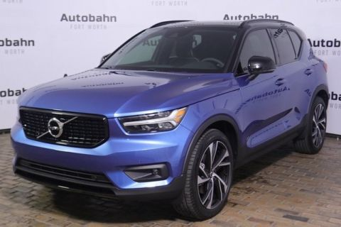 Pre-Owned 2020 Volvo XC40 R-Design